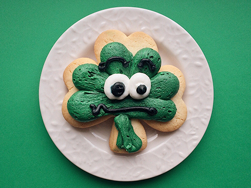 Shamrock Cookies with Green Dye